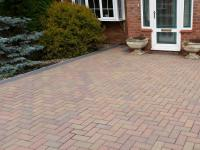 Driveway Cleaning & Sealing