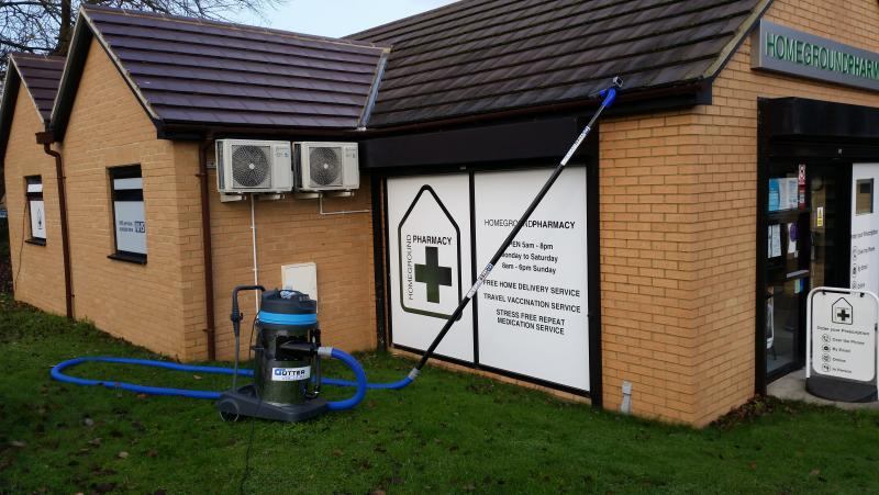 COMMERCIAL GUTTER CLEANING 1